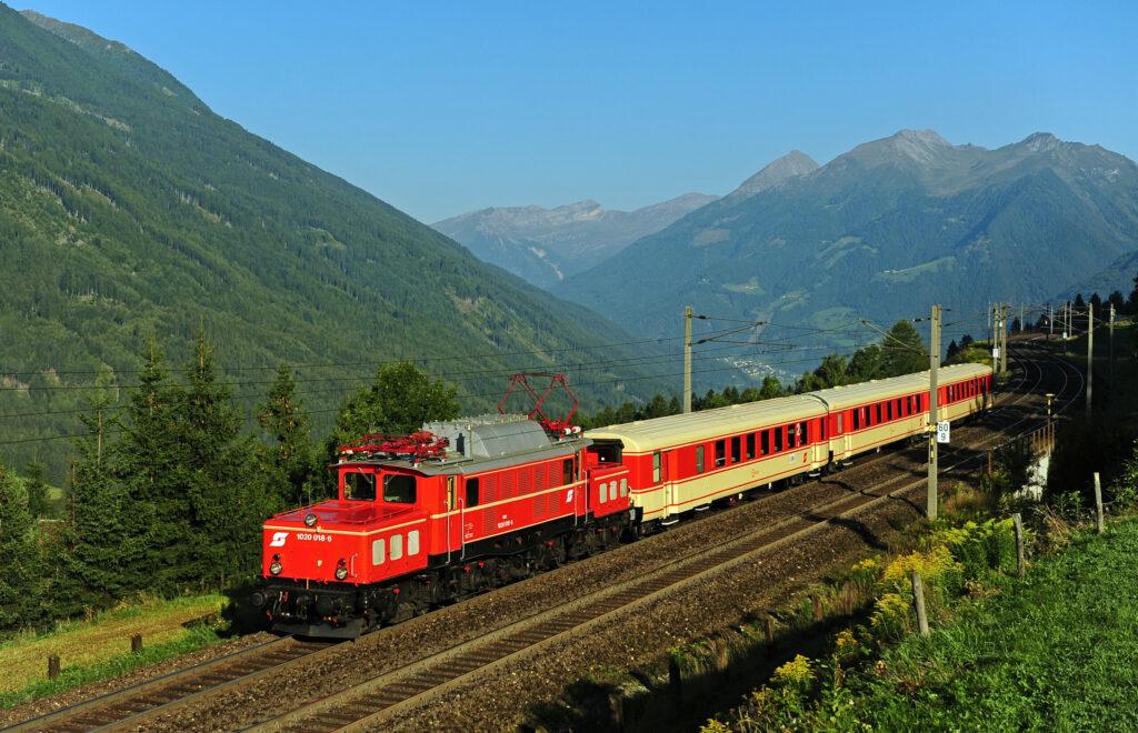 © EBFL G.Moll. Südbahn Express